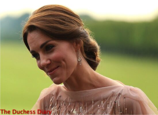 duchess cambridge up do smiles houghton hall each dinner gala