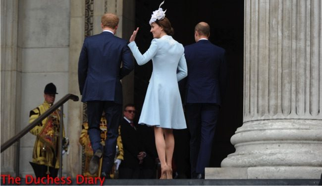 catherine duchess cambridge waves fans outside st. paul's cathedral