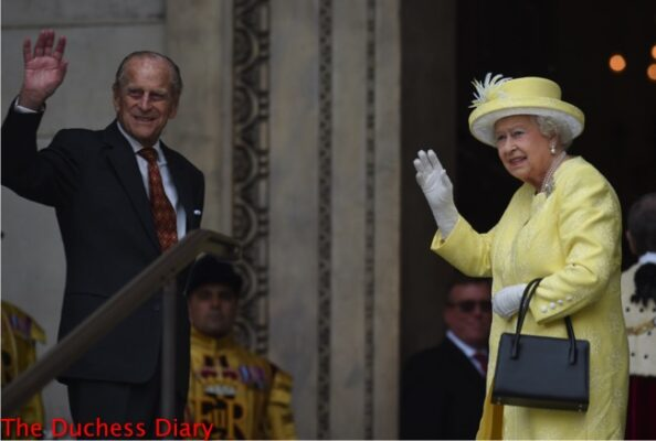 prince philip queen elizabeth wave st. paul's cathedral