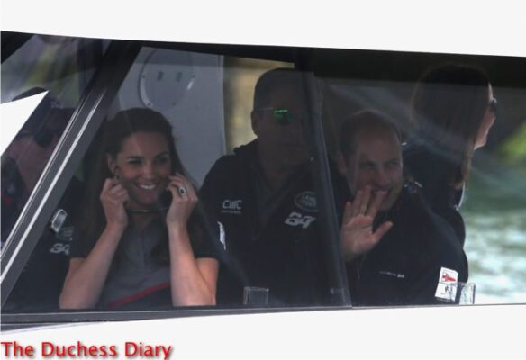 duke cambridge waves duchess cambridges smiles sunglasses boat america's cup