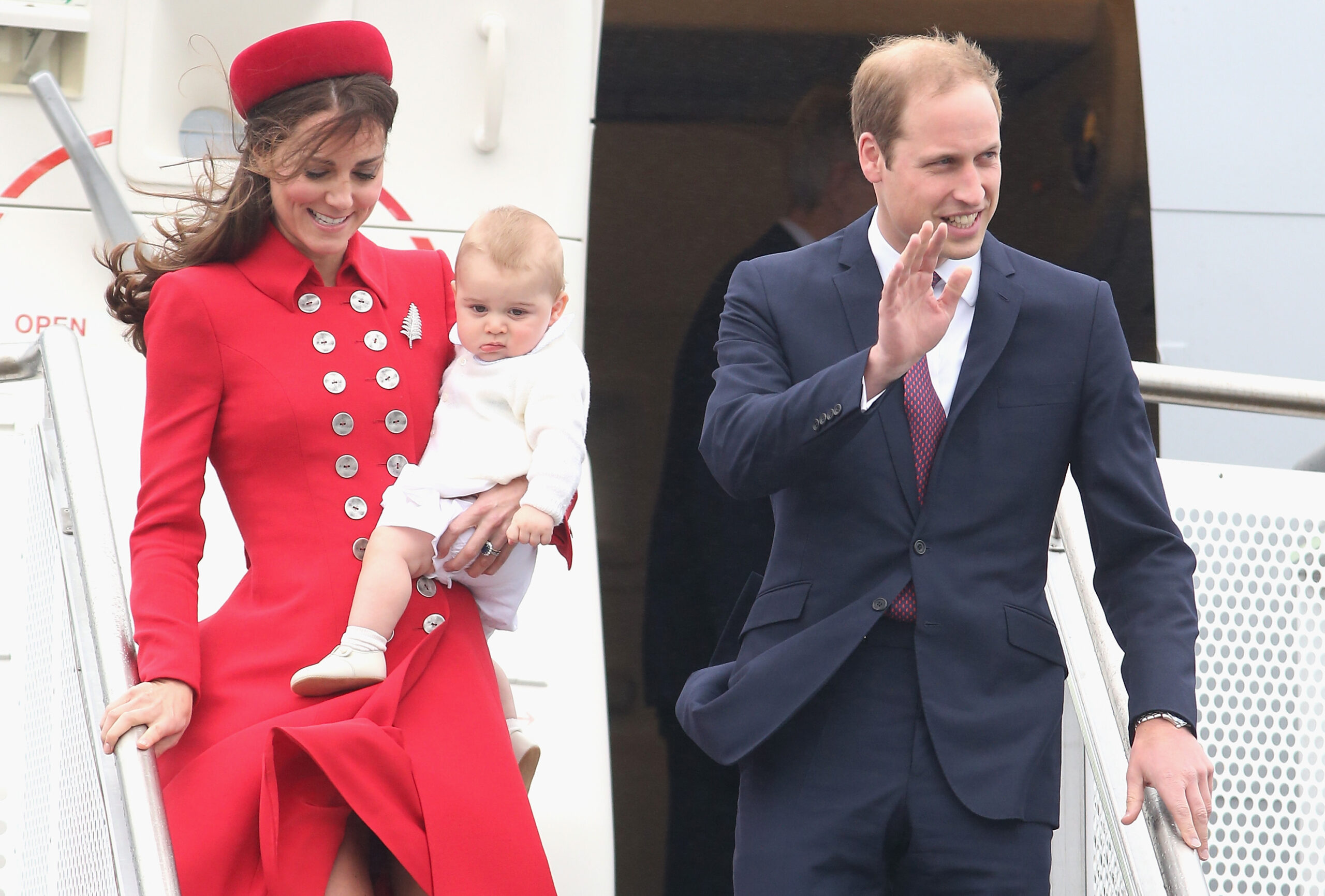 Kate Middleton Red Outfit Prince George Grumpy Face Deplane 2014 Royal Tour