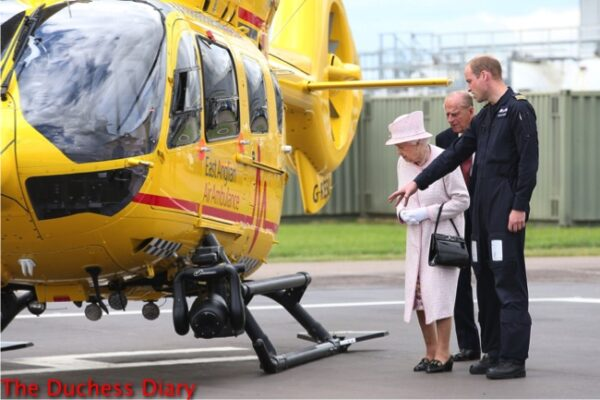 prince william points helicopter queen elizabeth prince philip cambridge