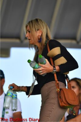 queen maxima carries four bottles water equestrian event olympics 2016