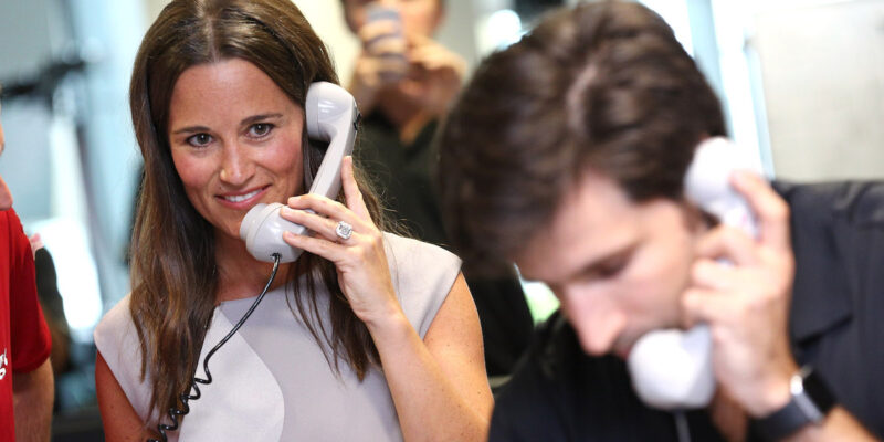 Pippa Middleton and Her Engagement Ring Help Raise Money On BGC Charity Day
