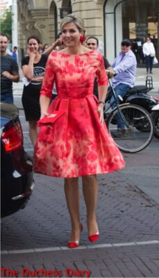 queen maxima red pink dress holland festival 2016