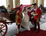 Prince William Helps Kate Middleton Out of Carriage Buckingham Palace Royal Wedding April 2011